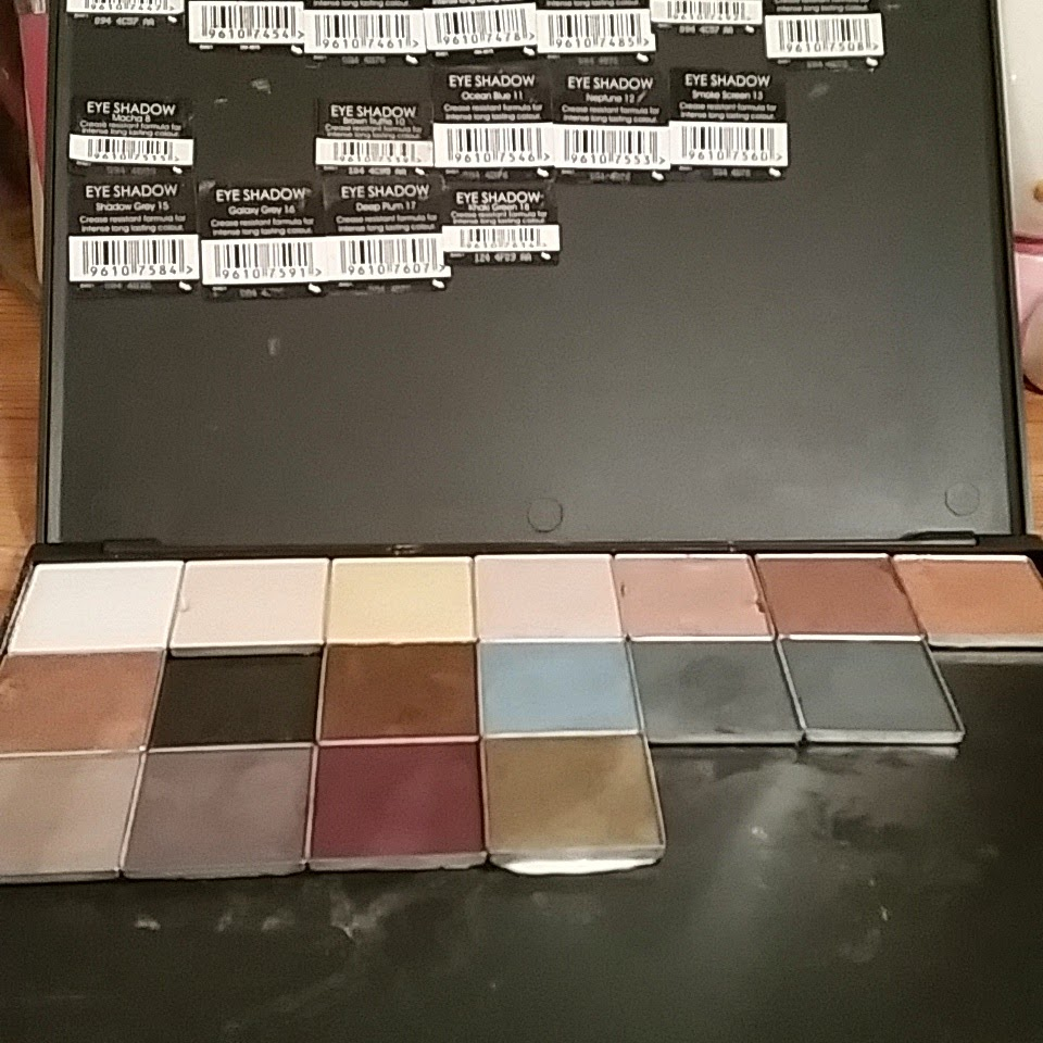 how to fix eyeshadow pallette glued crooked